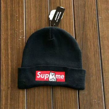 Black Supreme Embroidery Knit Cat Unisex Hat
