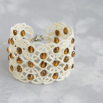 Tatted bracelet, white bracelet, white lace bracelet, wide bracelet, cuff bracelet, wedding bracelet, statement bracelet, tatting jewelry.