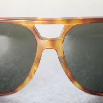 RAY-BAN B&L VINTAGE STYLE B SUNGLASSES FOR MEN-USED-FRAME MISSHAPEN-RARE