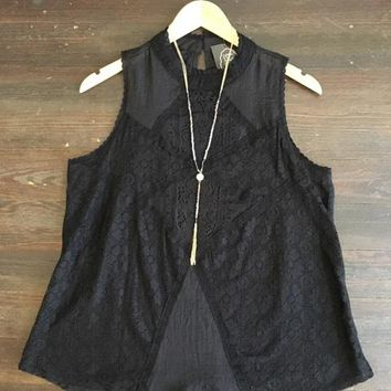 Need a Vacation Lace Top: Black