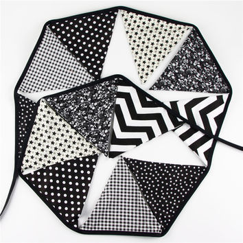 12 Flags 3.2m Special Black and White Cotton Fabric Bunting Pennant Flags Banner Garland Baby Shower Outdoor Tent Decoration
