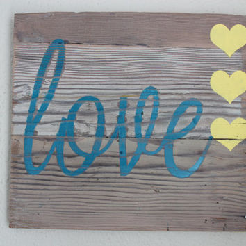 Love sign, heart sign, valentine, wall sign, wooden sign, rustic sign