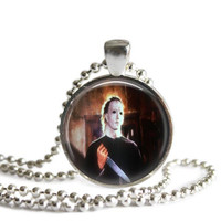 Michael Myers John Carpenter's Halloween Necklace Silver Plated Picture Pendant