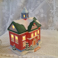 HOMCO Christmas Village Post Office 5107, Illuminated Ceramic Tabletop Display Building