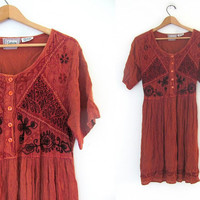 vintage embroidered baby doll dress //  button up dress from India // embroidered dress // womens free size