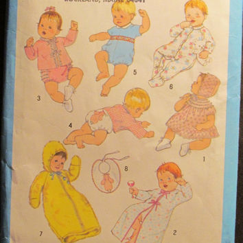 SALE Uncut 1980 Simplicity Sewing Pattern, 9515! Infant Newborn Babies Layette/Sacque/Dress & Bonnet/Kimono/Panties/Zip up Onesuit/Robes