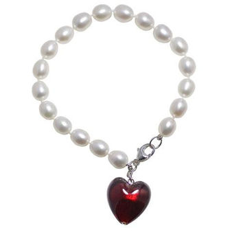 "7.5"" Oval Pearl Bracelet with Red Murano Glass Heart"