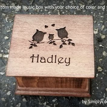 name, personalized, owl family, owls, love owls, music box, mom, gift for daughter, pregnancy, simplycoolgifts, christmas gift, new baby