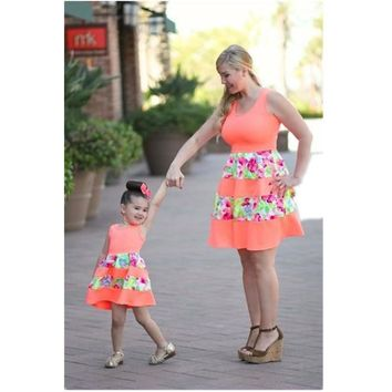 Mum Mother and Daughter Clothes Mommy and Me Dresses Shirts Matching Clothes Cotton Fashion Bodycon Slim A-line Dress for Girls