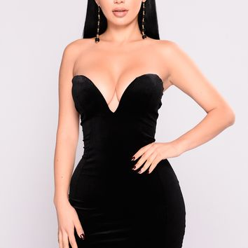Kass Velvet Dress - Black