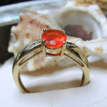 10k Mexican Fire Opal Ring w Diamonds 2.39g Size 8