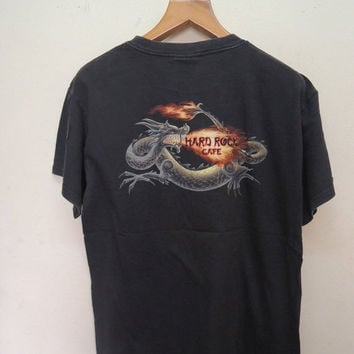25% SALES ALERT Vintage 90's Hard Rock Cafe Dragon Logo Souvenir Street Wear Hip Hop Tee T Shirt Punk Rock Size L