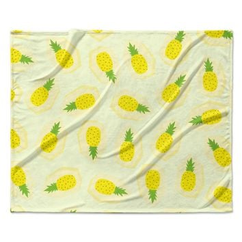 "Strawberringo ""Pineapple Pattern"" Yellow Fruit Fleece Throw Blanket"