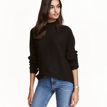 H&M Ribbed Turtleneck Sweater $34.99