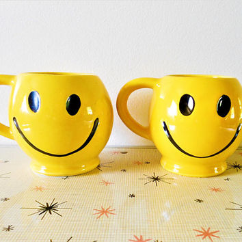 2 McCoy HAVE A HAPPY DAY Mugs, 1970's Yellow Smiley Face Mugs, Nelson Smiley Face Coffee Cups, Happy Face Emoji Mugs, Original  McCoy Mugs
