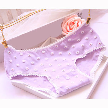 1PCS Women Underwear Sexy Knickers Female Intimates Ladies Thongs Small Flower Brief Lace Panties Seamless Sexy Thong Panties