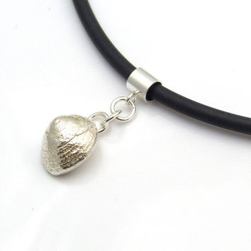 Contemporary Sterling Silver Cast Periwinkle Shell Pendant Necklace - Seashell Solid Silver Jewellery Everyday