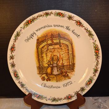 Holly Hobbie 1972 Christmas Commemorative Edition Plate American Greeting Vintage Holly Hobbie Christmas Plate Happy Memories Warm the Heart