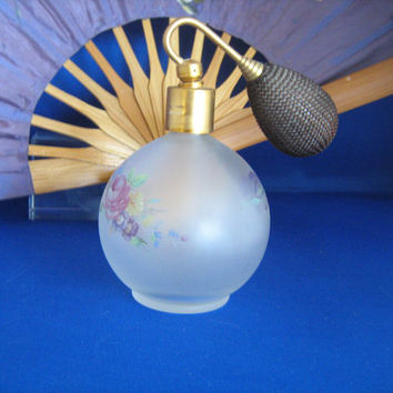 Vintage atomizer spray pump perfume bottle