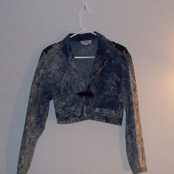 1980s cropped denim jacket by cashmerevintage on Etsy