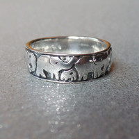 Sterling Silver Antiqued Family of Elephants Band Ring