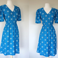 1970's blue dress, polka dot dress, short sleeve dress, V neck dress, fit and flare dress, summer sun dress, elastic waist dress, Medium