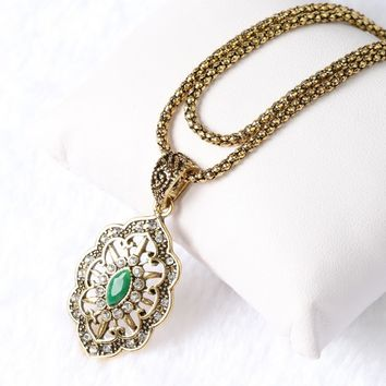 Yunkingdom Top Quality Vintage Statement  Gold Color 3 Color Resin Pendant &Necklace  Ethnic Women Jewelry
