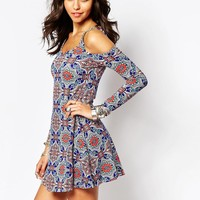Boohoo Printed Off The Shoulder Swing Dress