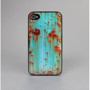The Teal Painted Rustic Metal Skin-Sert Case for the Apple iPhone 4-4s