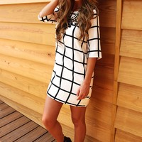 Up & At It Dress: Black/White