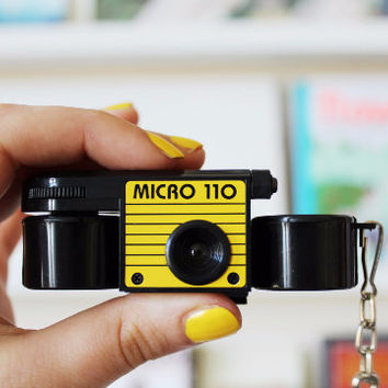 Micro 110 camera - with coinbox & keychain