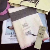 Perfect Burberry Woman Cashmere Scarf Shawl Silk Scarf