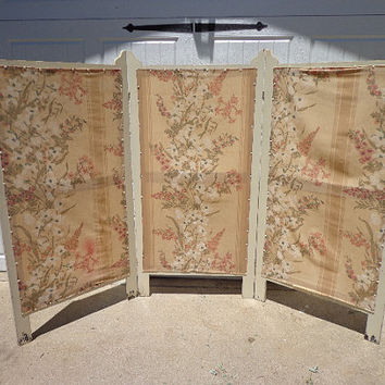 French Provincial Shabby Chic Screen Folding Privacy Dressing Screen Cottage Country Vintage Divider Antique Primitive Farm Painted Dresser