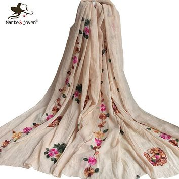 [Marte&Joven] Floral Embroidered Scarves and Wrap for Women Spring Aautumn Ethnic Style Flower scarfs Soft Beach Shawls