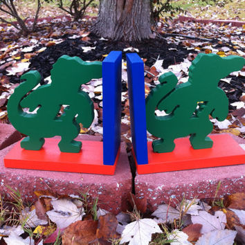 Pair of Gator Bookends - custom colors/teams available