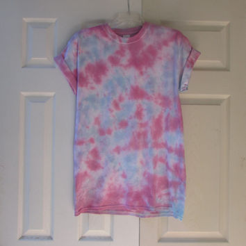 Unisex Pink and Turquoise Crumpled Tie Dyed Tee Shirt