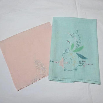 Set of 2, 1960s Vintage Hand Embroidered Handkerchief Linen Guest Towels in Aqua & Peach with Snail (?) Design, Vintage Linen, Vintage Towel