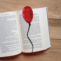 Red balloon bookmark / Pennywise bookmark / Stephen King bookmark / IT / Leather bookmark / Upcycled leather bookmark