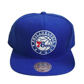 huge discount 771a0 30401 NBA Mitchell   Ness Philadelphia 76ers Vintage Throwback Snapback Blue