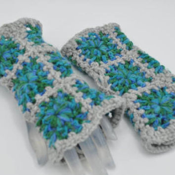 Fashionable hand warmers, Crochet Granny square fingerless gloves for cold weather, winter, autumn, fall, Christmas gift, Birthday gift,