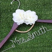 Personalized Wedding Hanger, Bridal Hangers, Bride gift, Wedding Gift