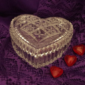 Vintage Mikasa Crystal Heart Shaped Trinket Box