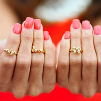 Good To Be Girly Mid Rings   Hope's