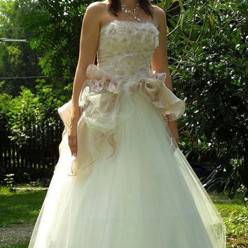 Fairytalestyle Ball or Wedding Gown Margareta by KataKovacs
