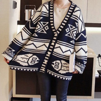 Geometric Print Loose Sweater