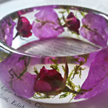 Resin bracelet,Real Flower bracelet,Terrarium jewelry,Nature inspired jewelry,Forest jewelry,Moss terrarium,Nature bracelet,Rosebud bracelet