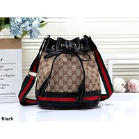 GUCCI 2019 new female models wild personality bucket bag shoulder bag black