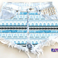 ANY Size ANY Colorway x High-Waisted Aztec Frayed Denim Shorts