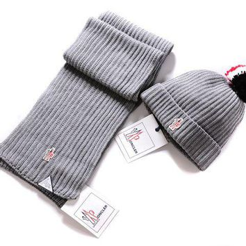 Moncler New fashion two piece scarf Hairball knit cap Light gray