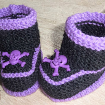 Baby Skull and Crossbone Hand Knitted Baby Booties, Baby Pirate Booties, Punk Baby Knits